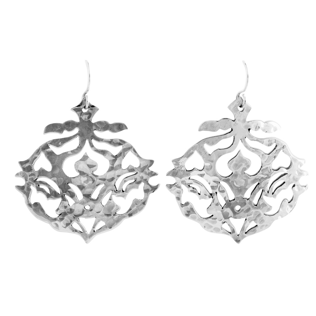 An exmaple of the sterling silver jewellery from Murkani's Andulusia collection